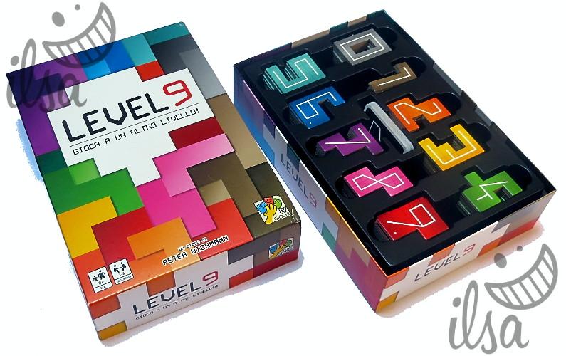 Level 9 scatola